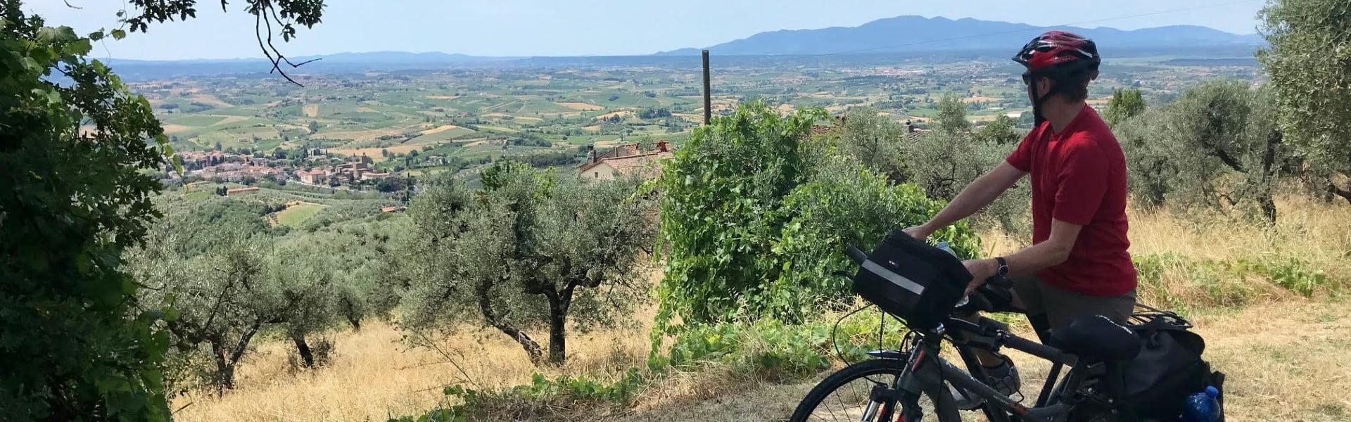 Tuscany Cycle Tour on the way to Vinci