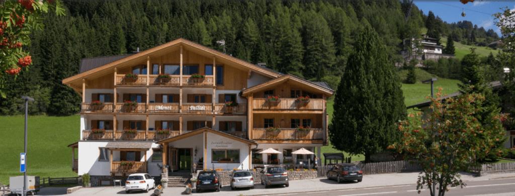 Hotel Corvara, Tuscany